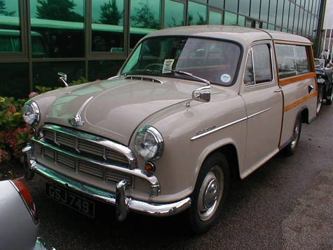 Morris Oxford woodie