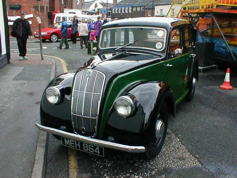 Morris 8 Series E in two tone
