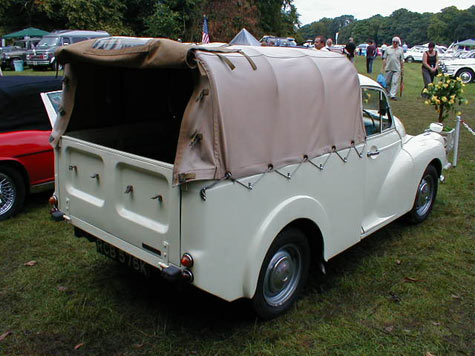 Austin Minor 1000 pickup in white