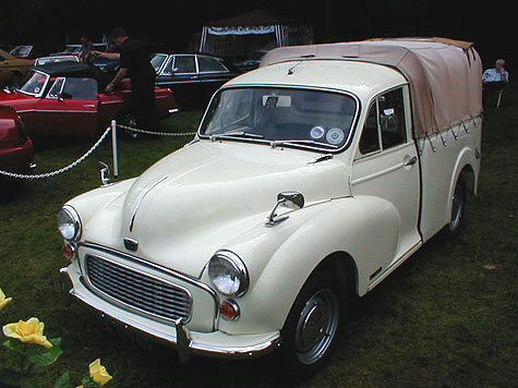 Austin Minor 1000 pickup front view