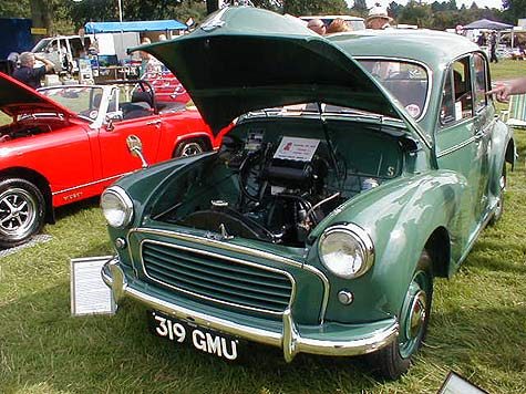 Morris Minor splitscreen restored